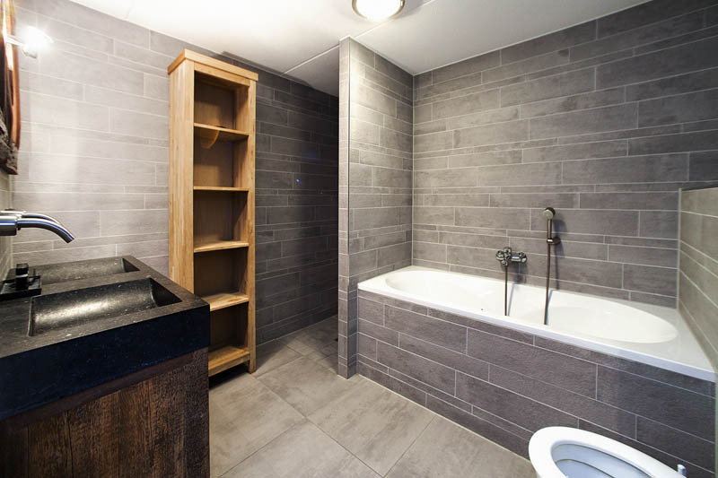 Badkamer Met Sauna : Extra luxe 6 persoonsvilla vakantie aan zee duinvallei schoorl
